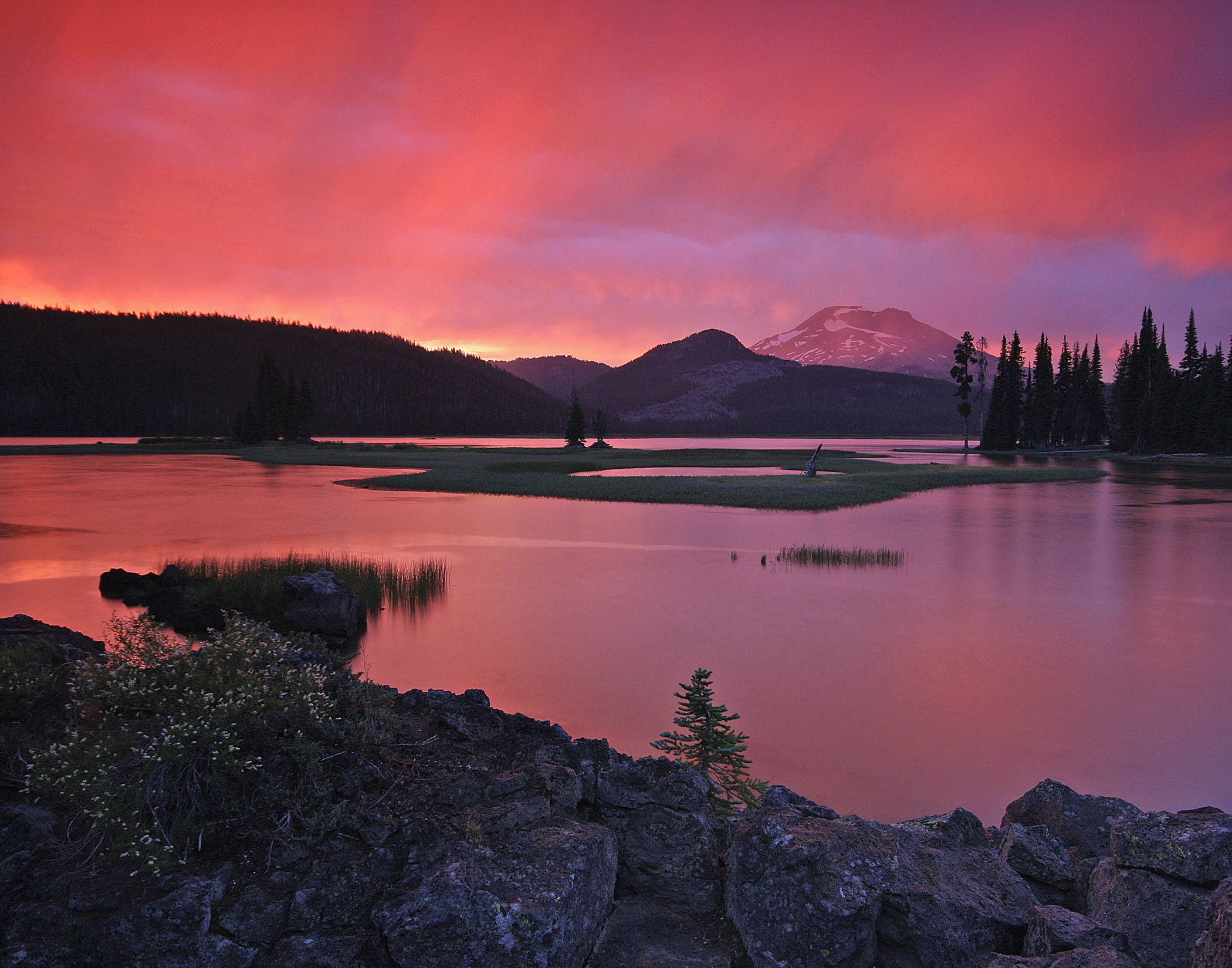 Sparks Lake and South Sister